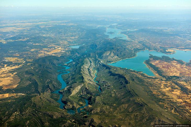 Река Гудьела и водохранилище Буэндия (Испания)