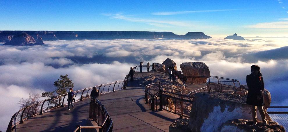 Смотровая площадка Mather Point и море облаков в Большом каньоне