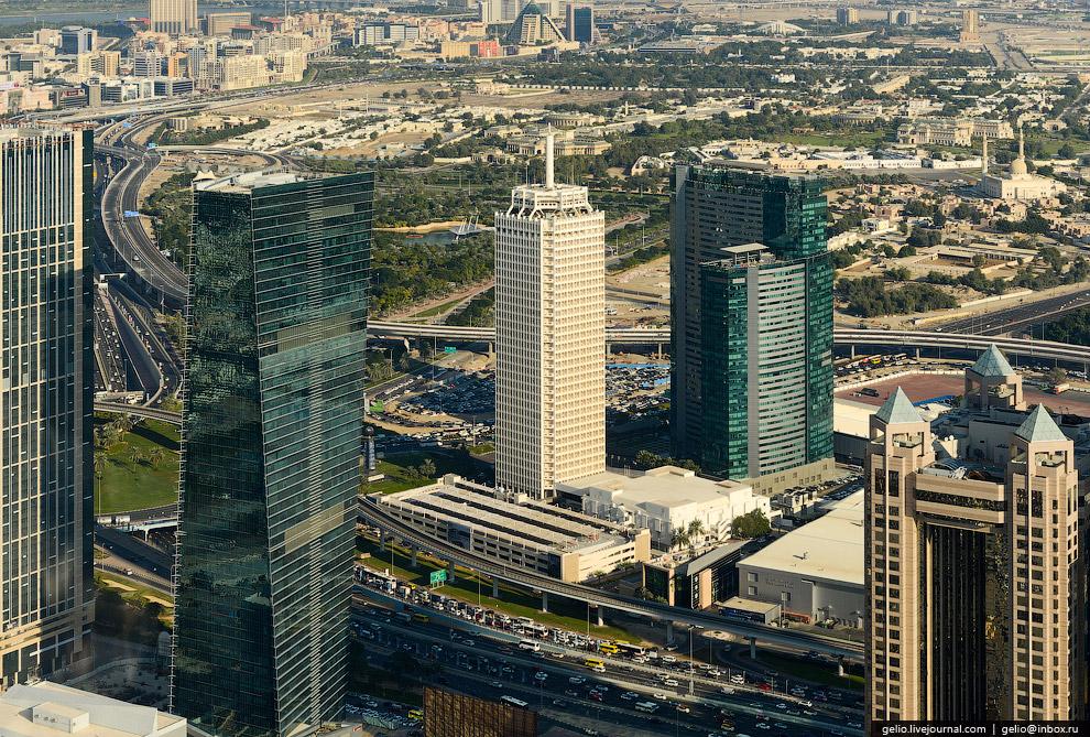 Дубайский Всемирный торговый центр