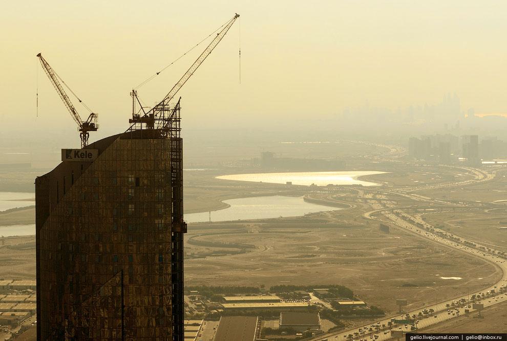 По сути, территория Дубая – это земли, отвоеванные у пустыни