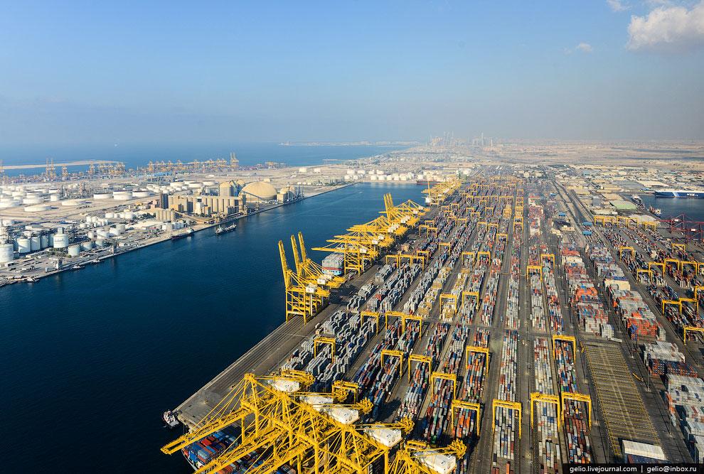 Джебель-Али — крупнейшая в мире искусственная глубоководная гавань