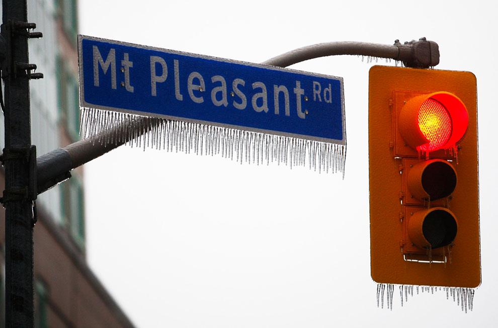Последствия ледяного дождя в Торонто