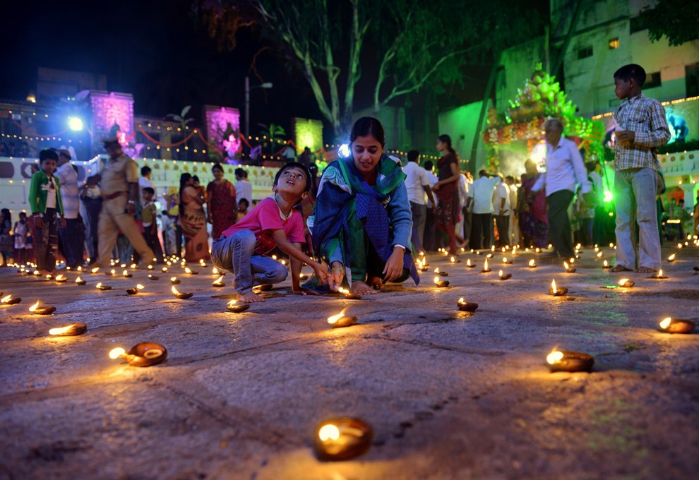 Фестиваль Картигай Дипам в храме индуистского бога Шивы в Бангалоре