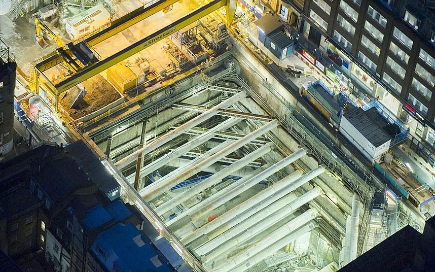 Строится новая станция метро на Оксфорд-Стрит