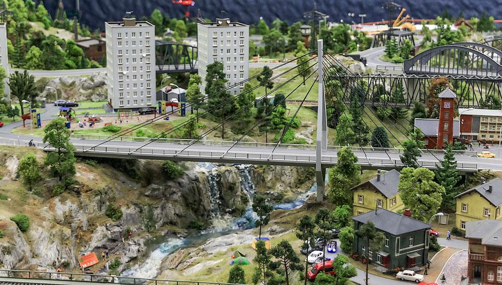 По дороге к Кавказу пересечём быстрые неглубокие речки