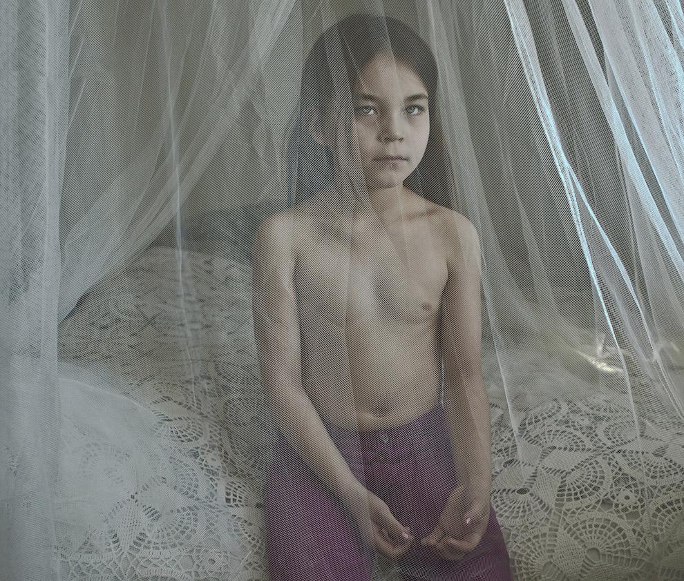 Портрет девочки. Этот снимок является частью фото-истории об мигрантах в Дании
