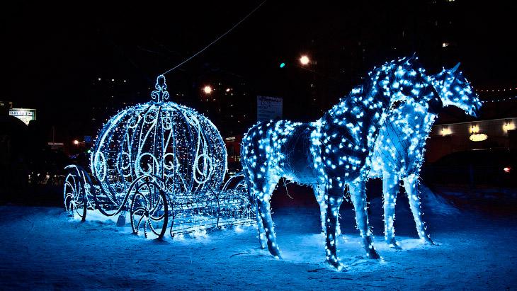 Наступающий 2014 год является годом Синей деревянной Лошади