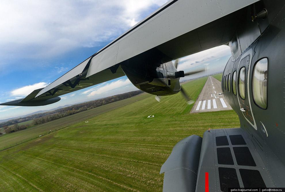 Как делают самолет Л-410 в Чехии