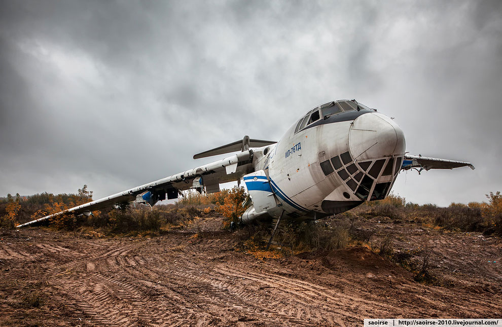Image result for фото- самолет на свалке