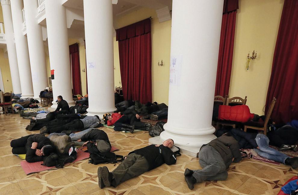 Протестующие в здании Киевсовета