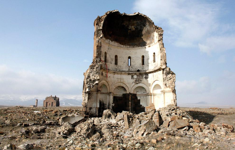Разрушенная церковь Святого Спасителя