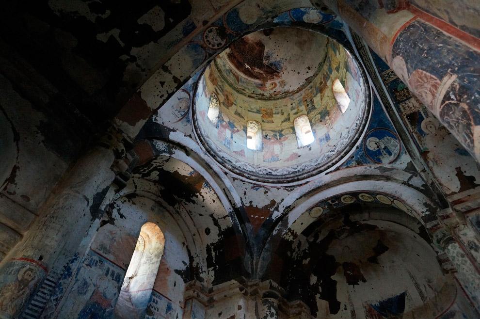 Фрески внутри церкви Святого Григория