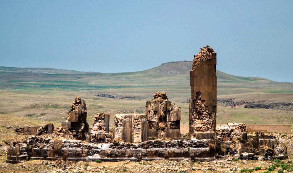 Все что осталось от храма царя Гагика – царя Анийского царства