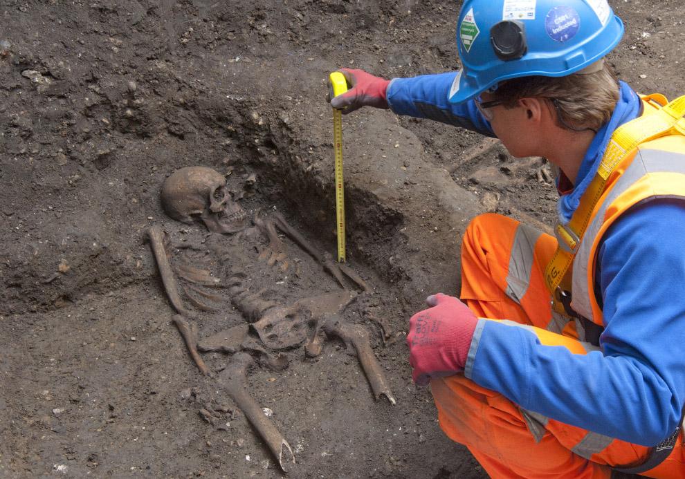 Исторический могильник в центре Лондона