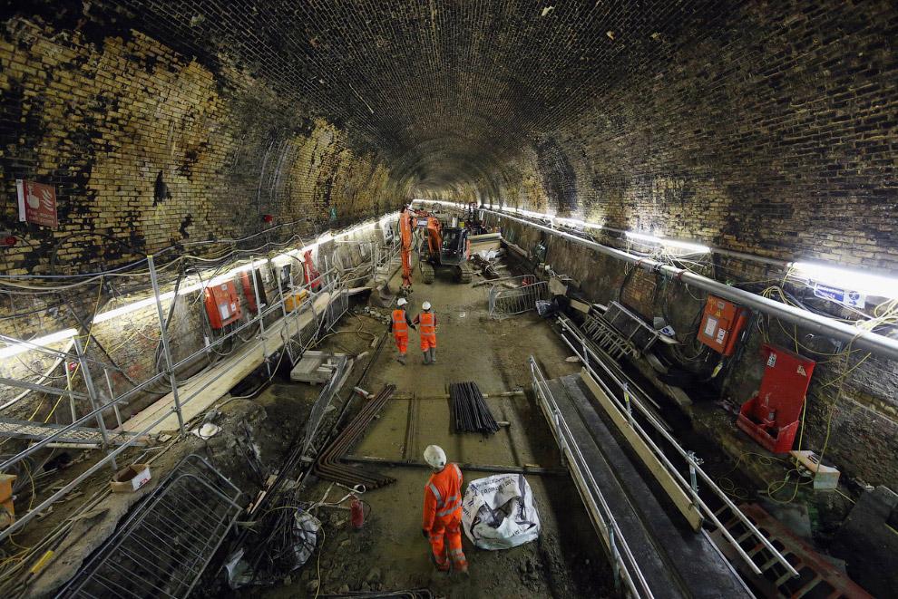 Расширение тоннеля Коннот, построенного в 1878 году. С декабря 2006 он не использовался для пассажирских перевозок, но скоро здесь пройдут новые поезда