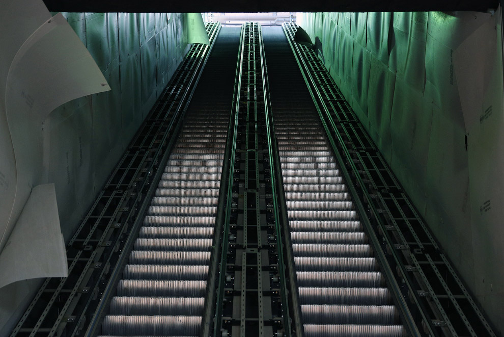 Эскалаторы на будущей станции Canary Wharf