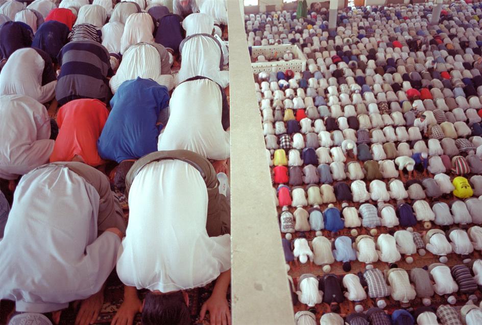 Пятничная молитва в Центральной мечети Махачкалы