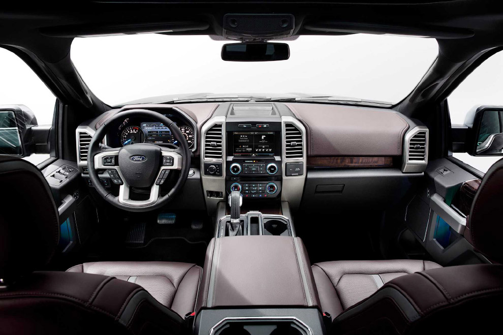Гигант Форд F-150 2015