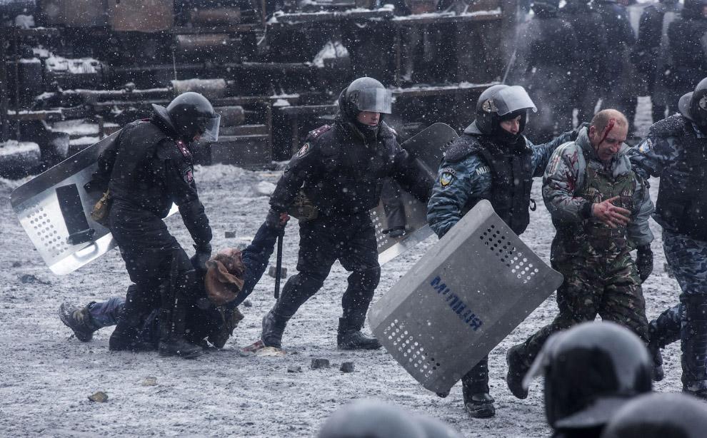Задержания радикалов в центре Киева