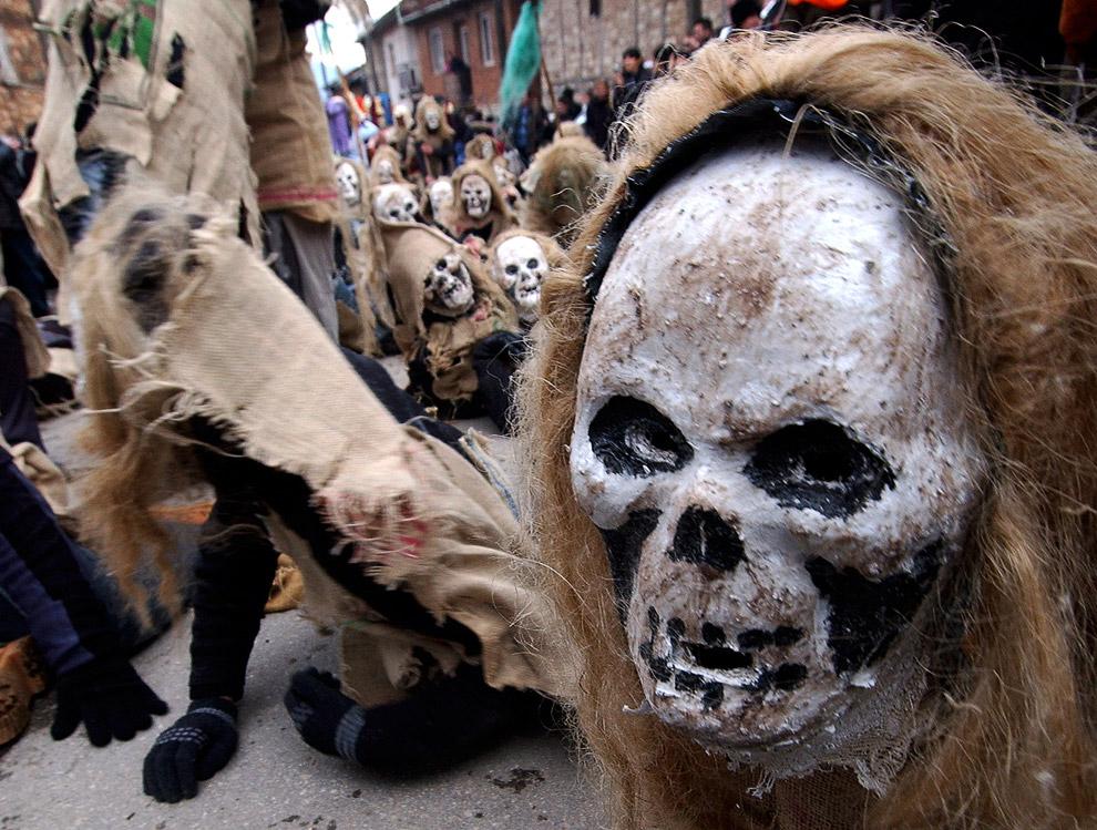 В македонском селе Вевчани один из старейших карнавалов в мире проходит вот уже 1400 лет