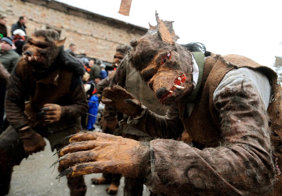 Языческий карнавал в городе Вевчани