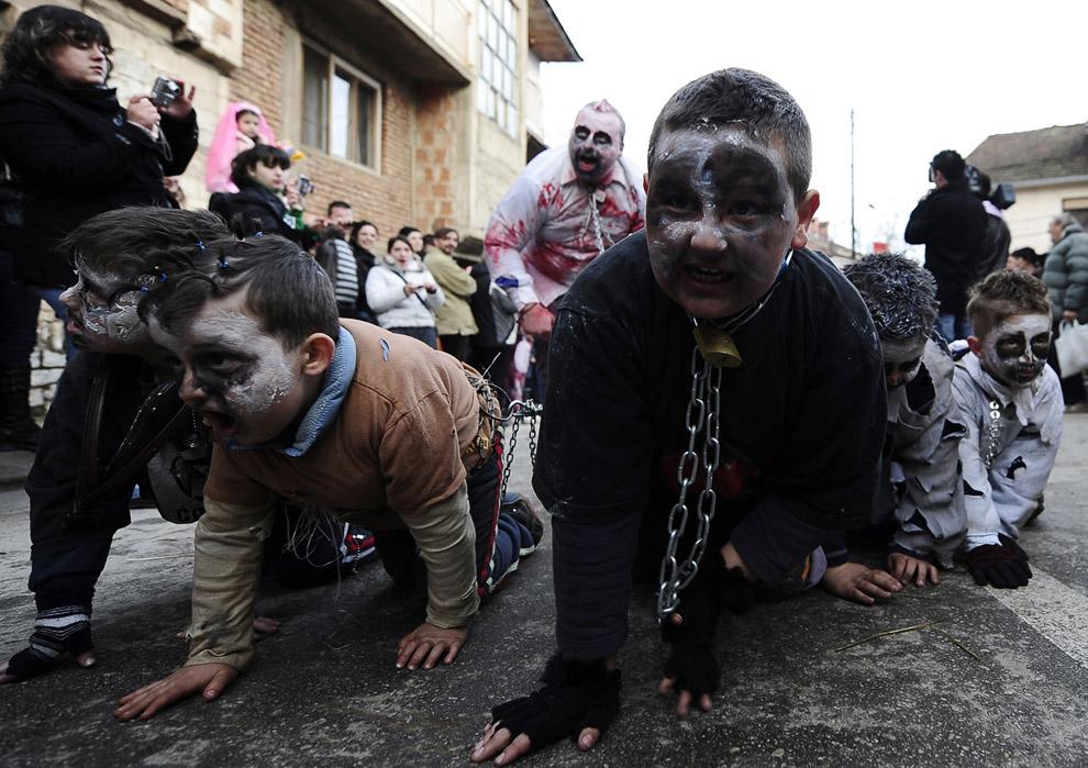 Дети тоже принимают в карнавале непосредственное участие