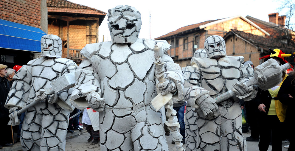 Каменные люди на карнавале 2011 года