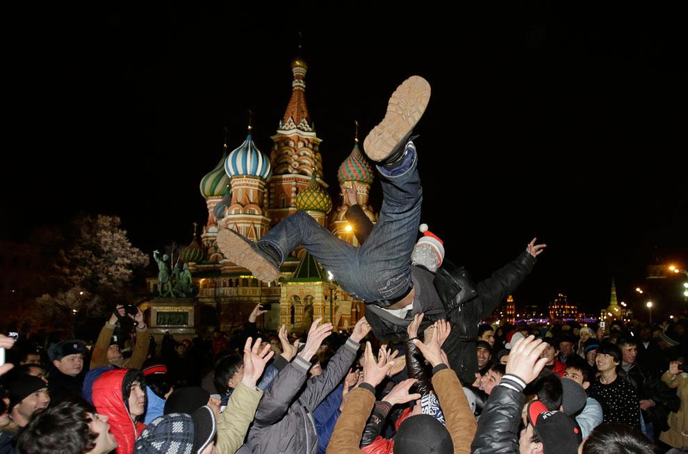 Приезжие встречают Новый год на Красной площади