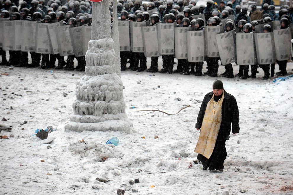 Представители церкви против беспорядков на улицах Киева