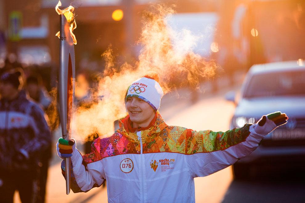 Эстафета олимпийского огня в Тюмени