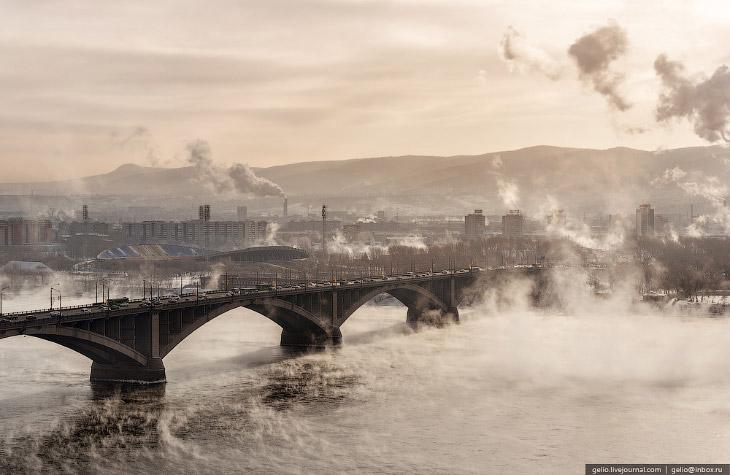 При проектировании Красноярской ГЭС, которая расположена в 50 километрах выше по течению, были допущены экологические ошибки