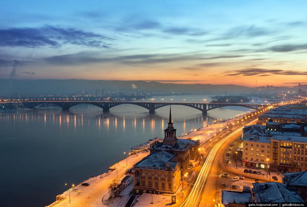 Климат города стал немного мягче, воздух — более влажным, но главное — Енисей в районе Красноярска перестал замерзать даже в самые сильные холода