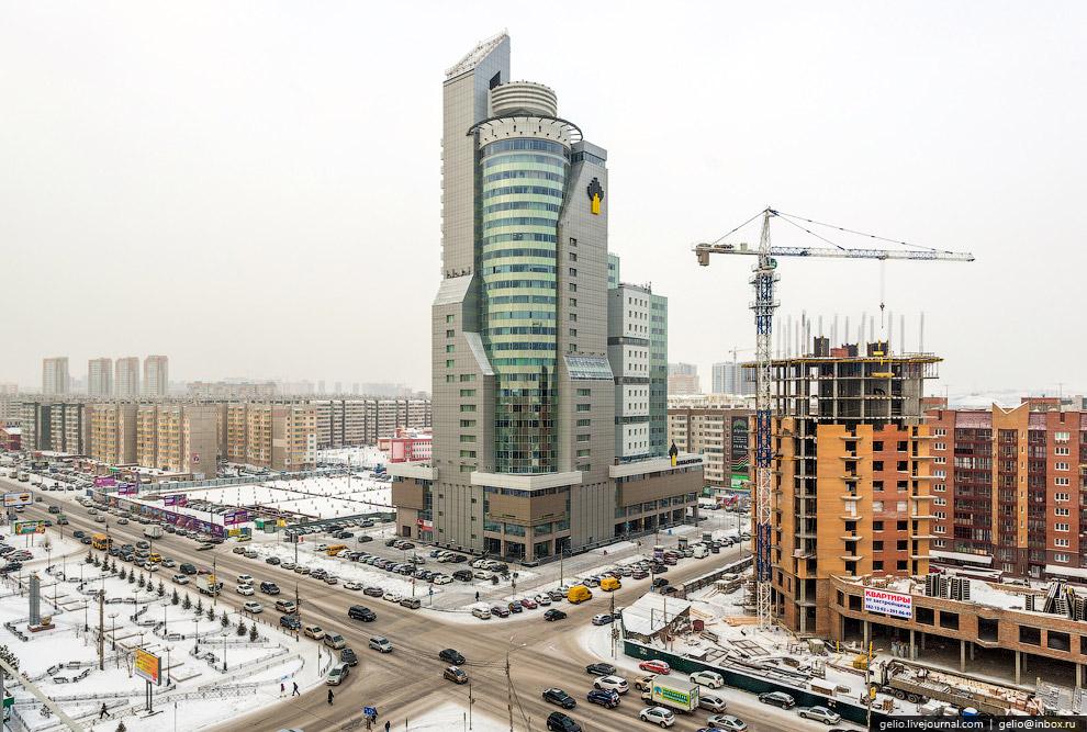 БЦ «Первая башня» — самое высокое здание за Уралом