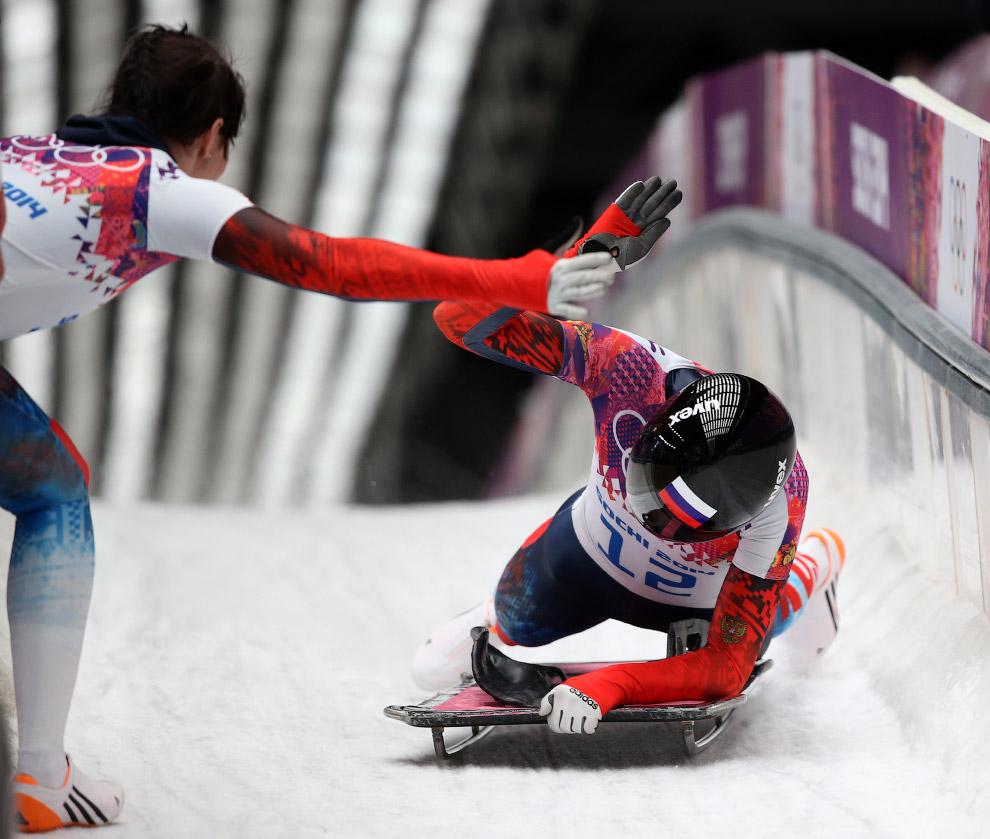 Елена Никитина принесла России первую в истории Зимних Олимпийских игр медаль в женском скелетоне, завоевав бронзу в Сочи