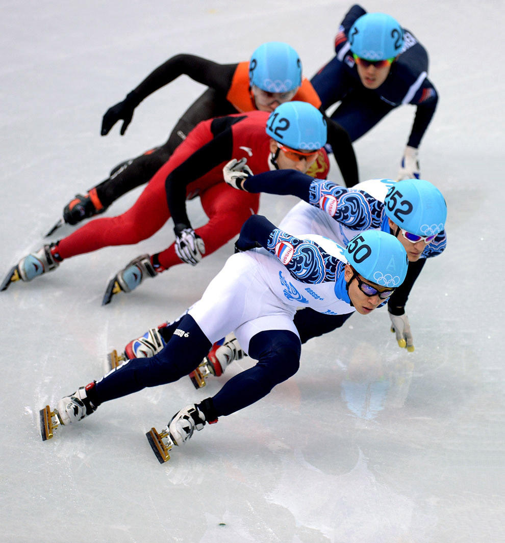 Российский шорт-трекист Виктор Ан завоевал золотую медаль на дистанции 1 000 метров в рамках зимних Олимпийских игр в Сочи