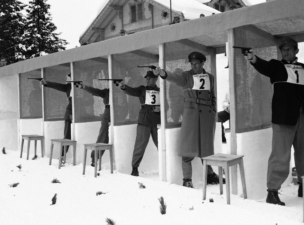Еще одна дисциплина пятиборья того времени — стрельба из пистолета. V зимние Олимпийские игры Швейцарии