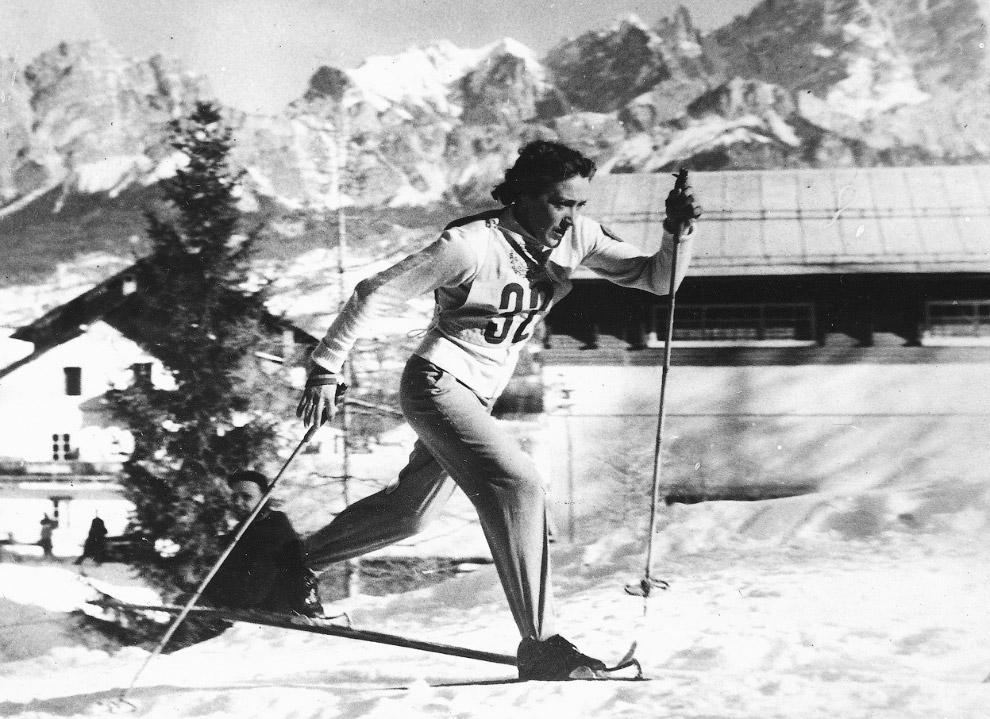 Советская лыжница, олимпийская чемпионка 1956 года Любовь Козырева