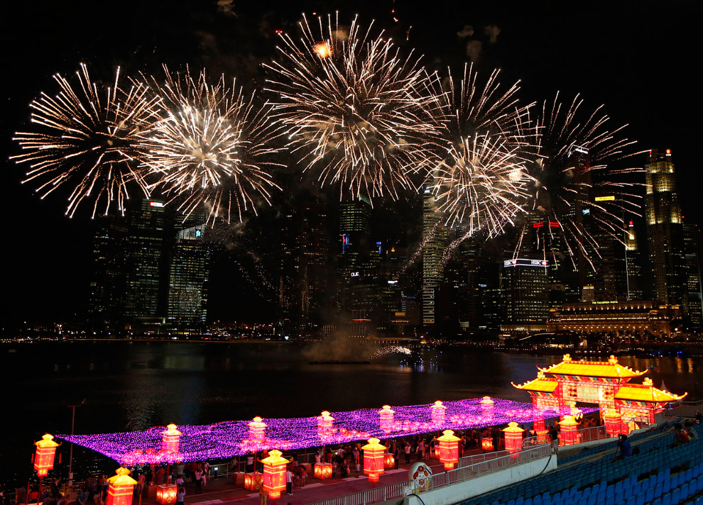 Салют над Сингапуром