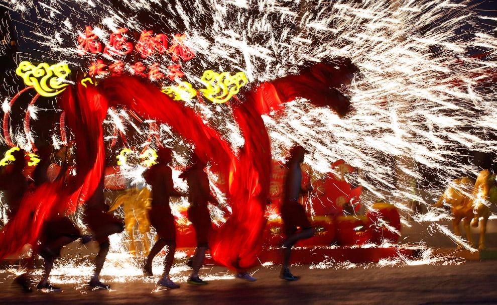 Танец дракона в Пекине