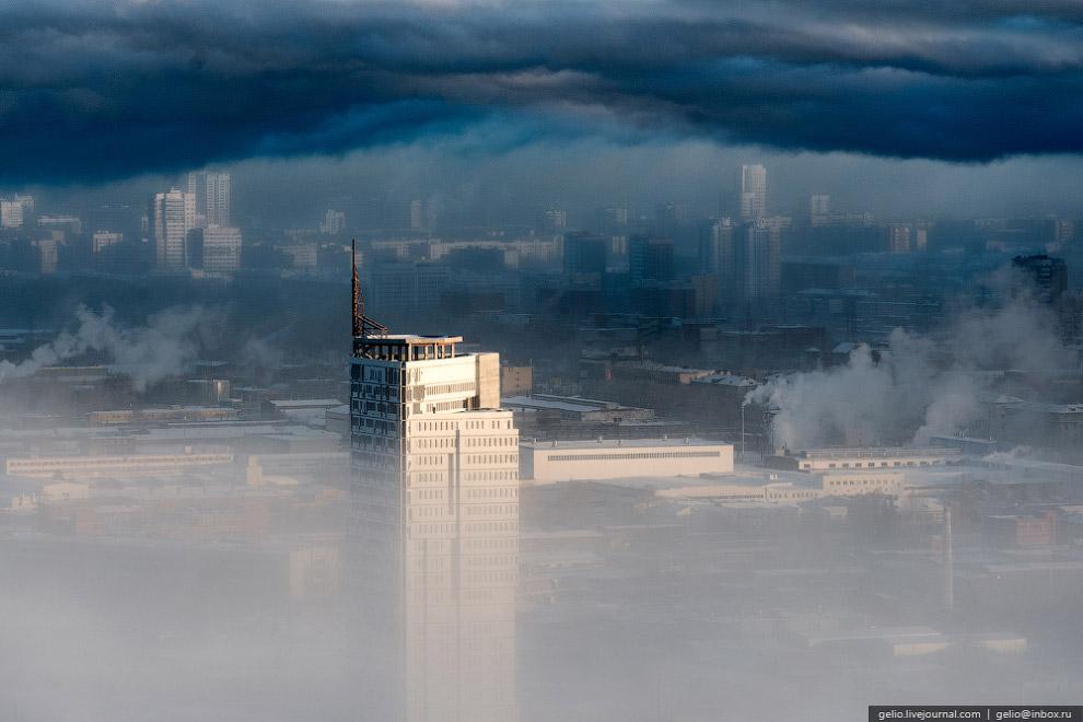 Недостроенная башня бизнес-центра «Призма»