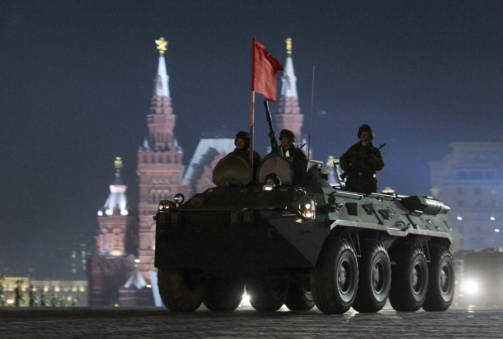 Репетиция Парада Победы на Красной площади в Москве