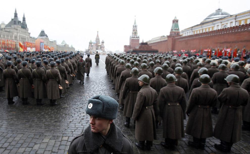 Военной парад на Красной площади в Москве