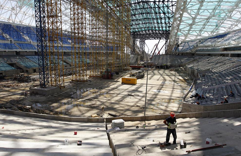 Строительство Олимпийского стадиона «Фишт»