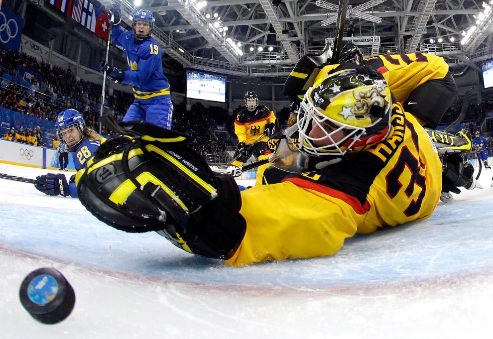 Женская сборная Швеции обыграла Германию в матче группового этапа