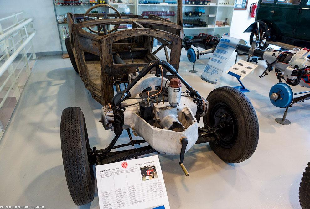 Шасси легкового автомобиля Tatra 54/30