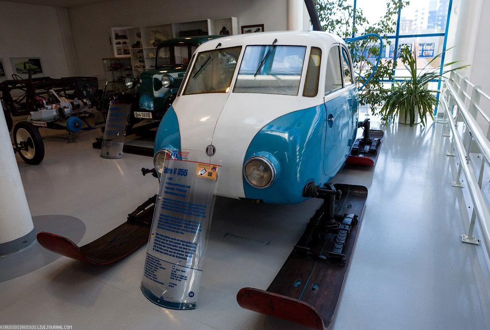 Tatra V855