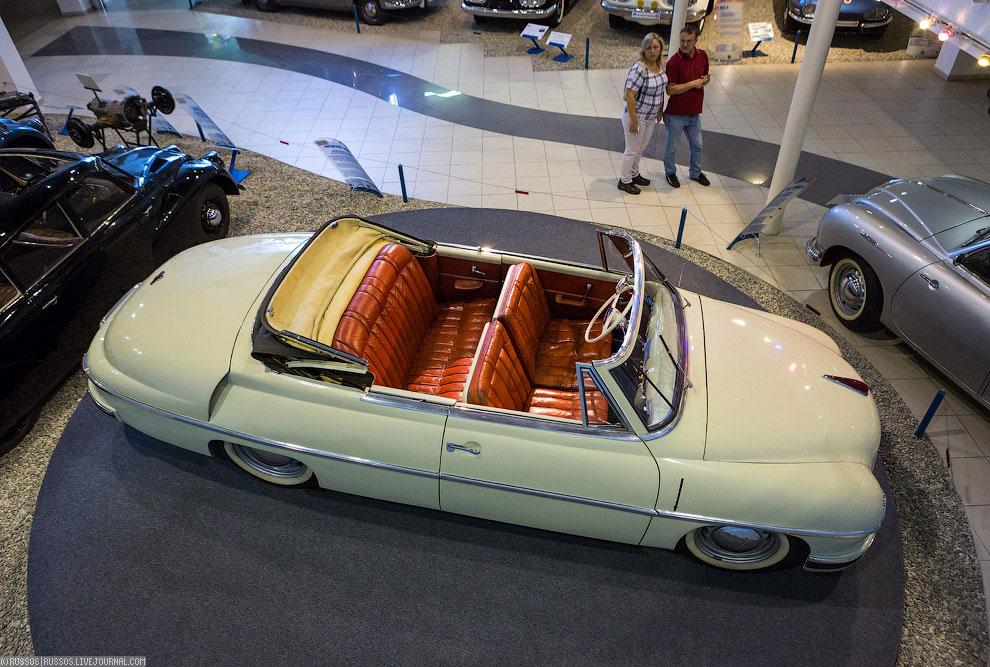 Tatra 600 kabriolet