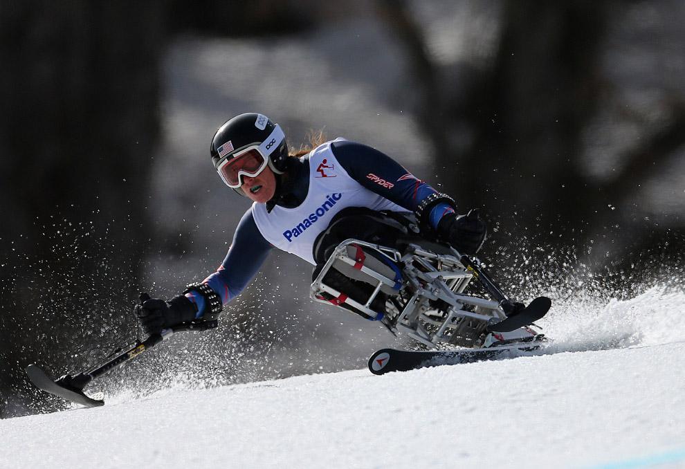 Соревнования по скоростному спуску сидя в горнолыжном спорте среди женщин на зимних Паралимпийских играх 2014