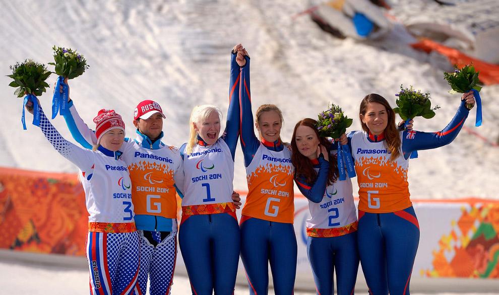 Победительницы в супергиганте на Паралимпиаде среди спортсменок с нарушением зрения