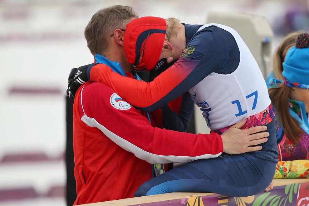 Российский лыжник и биатлонист, бронзовый призер Александр Давидович не скрывает эмоций